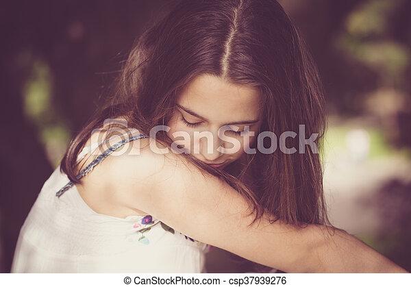 teen girl portrait - csp37939276