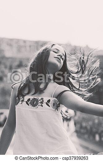 teen girl portrait - csp37939263
