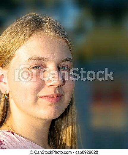 teenage girl - csp0929028