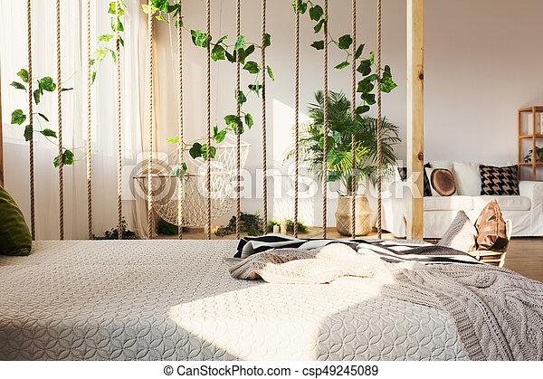 teiler zimmer bett n chste dekorativ begeisternd wohnung zimmer bett n chste seil. Black Bedroom Furniture Sets. Home Design Ideas