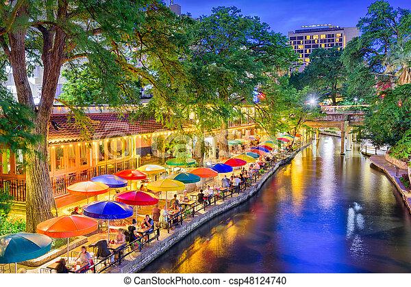 San Antonio, Texas, EE.UU - csp48124740