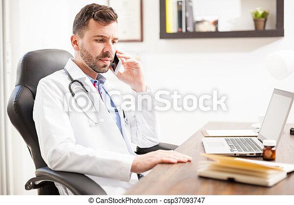 teléfono, pediatra, oficina, hablar - csp37093747