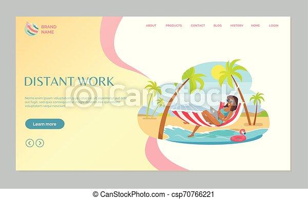 Freelancer trabajando en la playa con vector web portátil - csp70766221