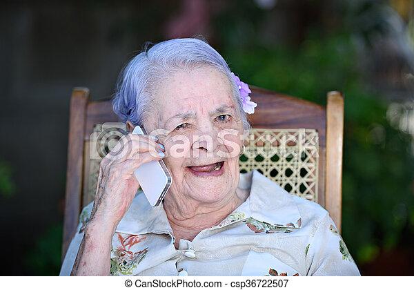telefon, boldog, beszél, nagyanyó - csp36722507