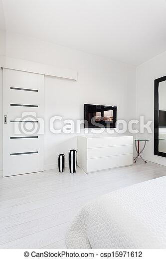 Chalet Vibrant - TV en el dormitorio - csp15971612