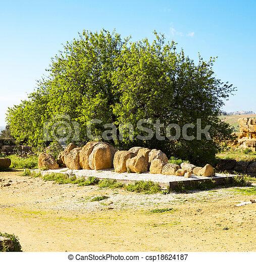 Temple of Zeus - csp18624187