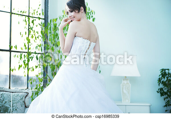 Tempting bride waiting for her husband - csp16985339