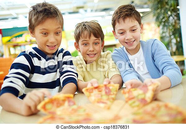 Tempting pizza - csp18376831
