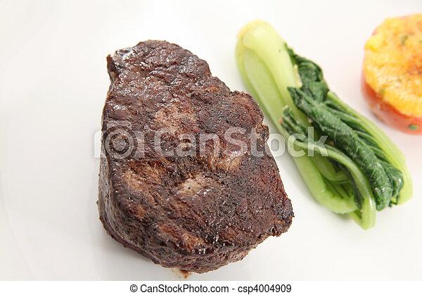Tenderloin steak - csp4004909
