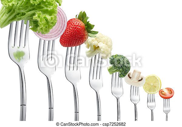 Tenedores con verduras - csp7252682