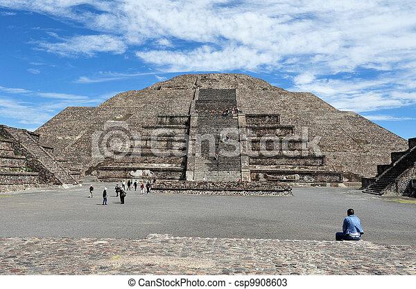 teotihuacan, ピラミッド - csp9908603