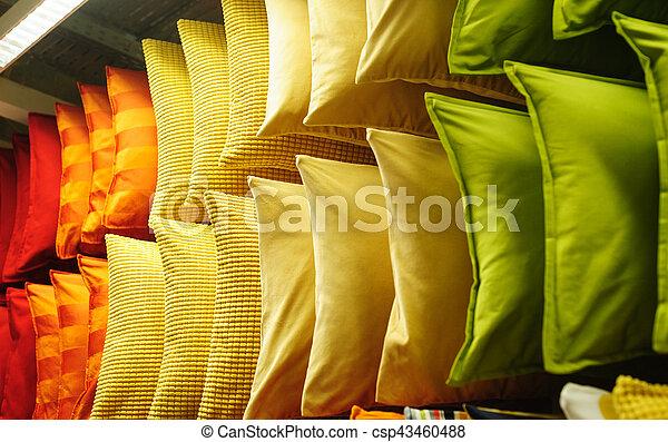 Negozio Cuscini.Tessuto Colorito Mensole Cuscini Moderno Comodo Negozio