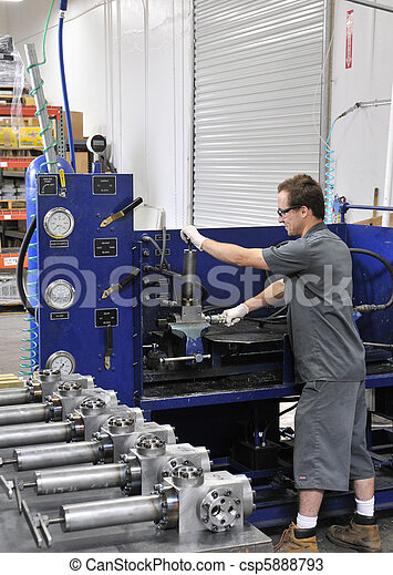 test, productiewerk, ingenieur - csp5888793