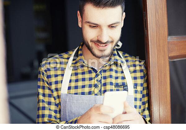 testo, sopra, lavoro, barman, posto, messaging - csp48086695