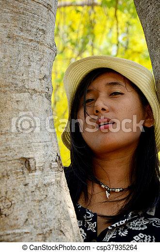 female outdoor golden showers