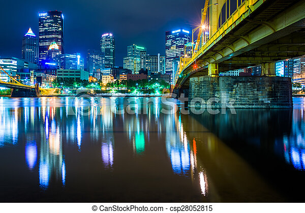 The Andy Warhol Bridge and skyline at night, in Pittsburgh, Pennsylvania. - csp28052815