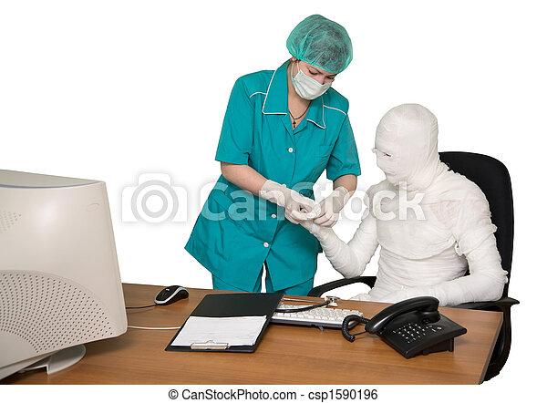 The bandaged boss and nurse - csp1590196