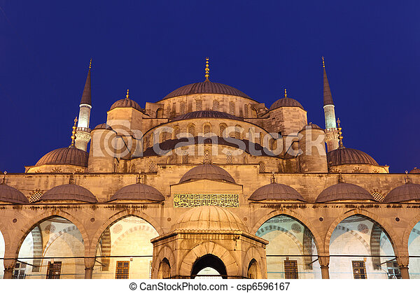 The famous Sultan Ahmed Mosque (Blue Mosque) in Istanbul, Turkey - csp6596167