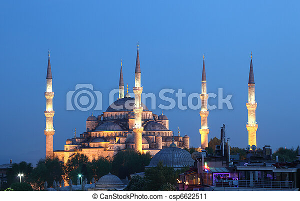 The famous Sultan Ahmed Mosque (Blue Mosque) in Istanbul, Turkey - csp6622511