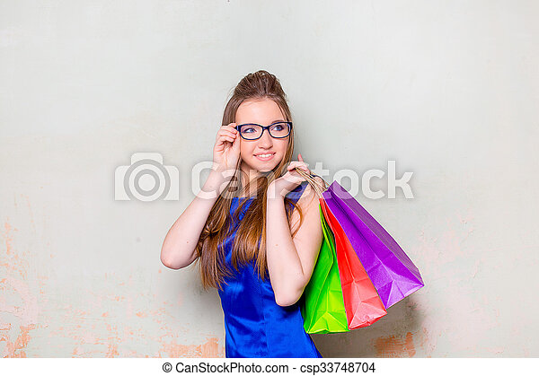 the girl with purchases - csp33748704
