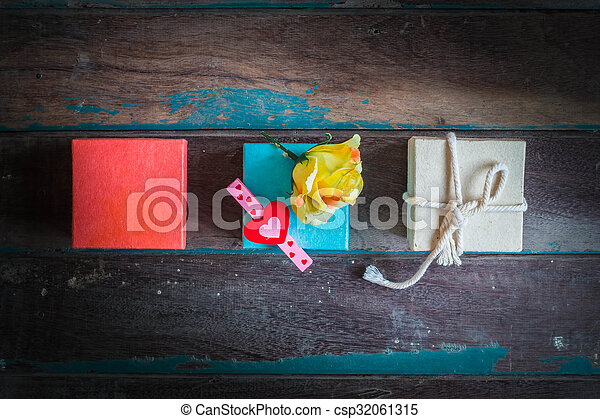 The heart symbol on a gift box - csp32061315