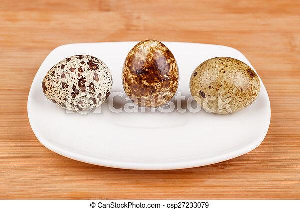 The picture quail eggs - csp27233079
