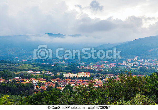 The picturesque valley in Tuscany - csp14739257