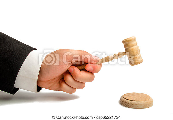 The referee's hand is going to be hit with a hammer and render a verdict in court. court and court cases. Assistance and protection of interests in judicial sitting. Judge. judicial system. - csp65221734