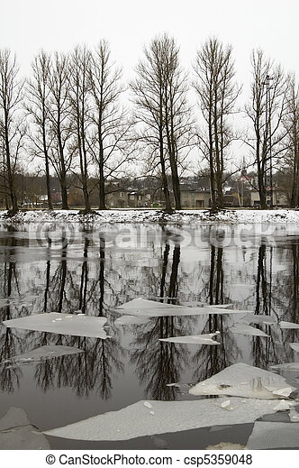 The river in the winter - csp5359048
