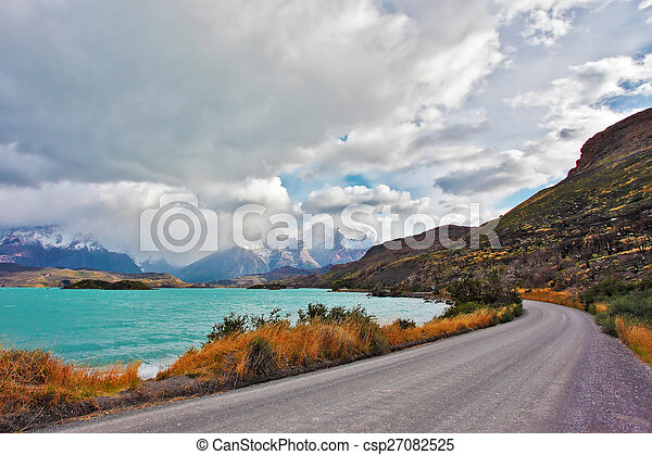 The road around the lake Pehoe - csp27082525