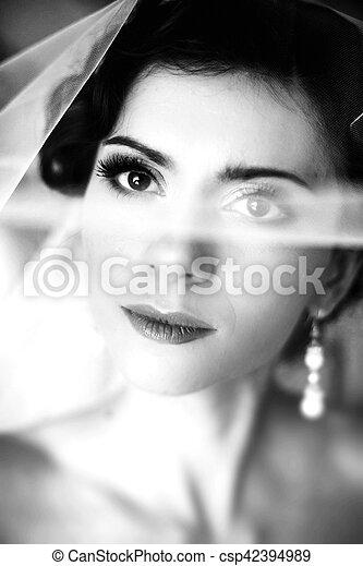 The romantic bride - csp42394989
