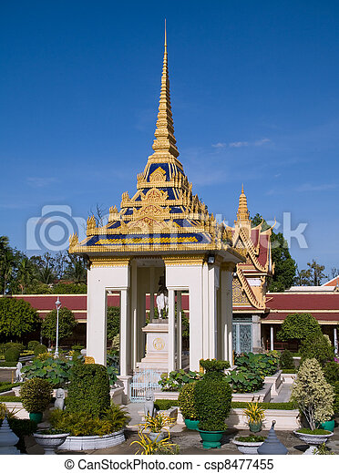 The Royal Palace in Phnom Penh, Cambodia - csp8477455
