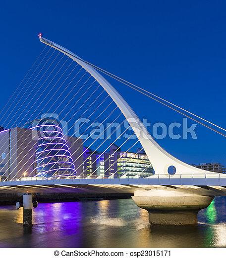 The Samuel Beckett Bridge in Dublin, Ireland - csp23015171