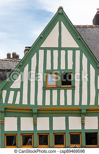 the small town of Auray, in Brittany - csp89469598