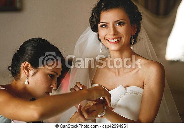 The smilling bride - csp42394951