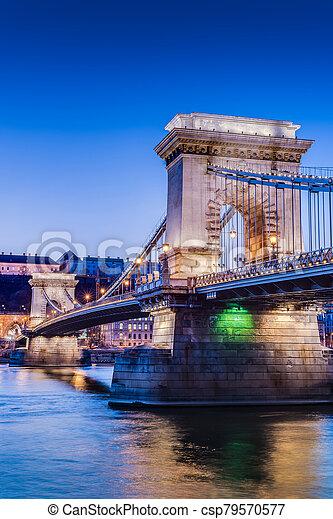 The Szechenyi Chain Bridge in Budapest, Hungary. - csp79570577