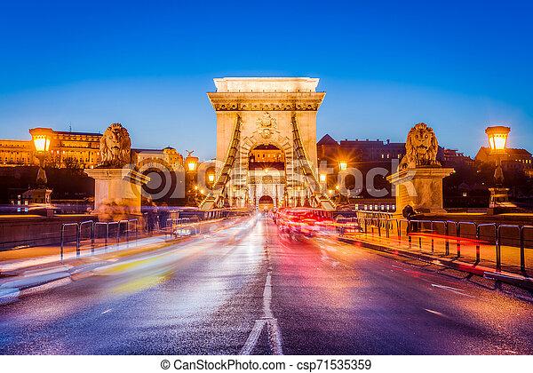 The Szechenyi Chain Bridge in Budapest, Hungary. - csp71535359