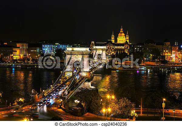 The Szechenyi Chain Bridge in Budapest - csp24040236