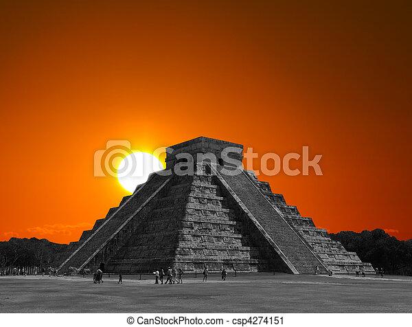 The temples of chichen itza temple in Mexico - csp4274151