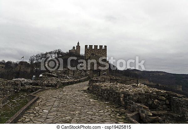 The Tsarevets castle - csp19425815