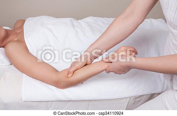 Therapeut, abhelfend, unterarm, frau, tief, gewebe, professionell ...