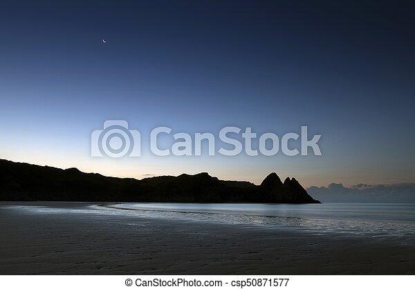 Three Cliffs Bay Gower - csp50871577