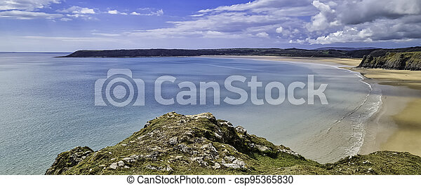 Three Cliffs Bay on the south coast of the Gower Peninsula - csp95365830