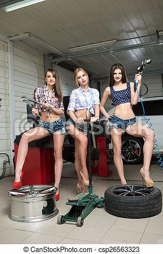 hot naked girl mechanic