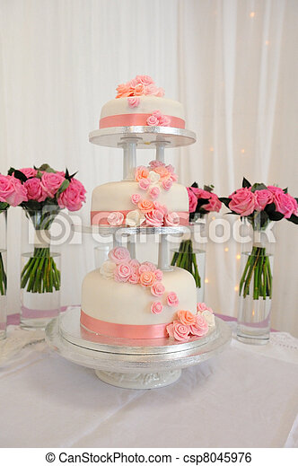 Three tier wedding cake. - csp8045976