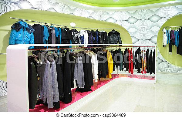 Ropa en la tienda - csp3064469