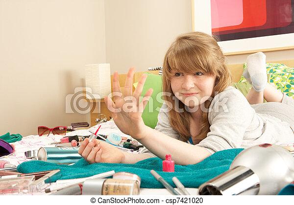 Tiener spijkers slordige slaapkamer meisje schilderij