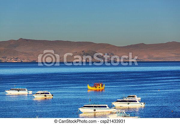 Titicaca - csp21433931