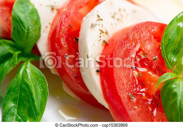 tomate, salad., caprese, rebanadas, hojas, albahaca, mozzarella - csp15363869