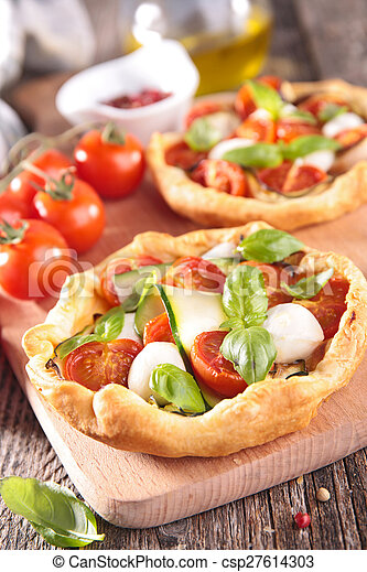 tomato quiche - csp27614303
